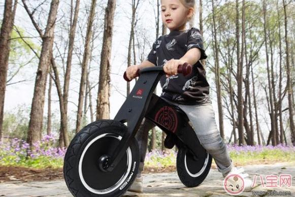 儿童骑行玩具有哪些 儿童骑行车的好处